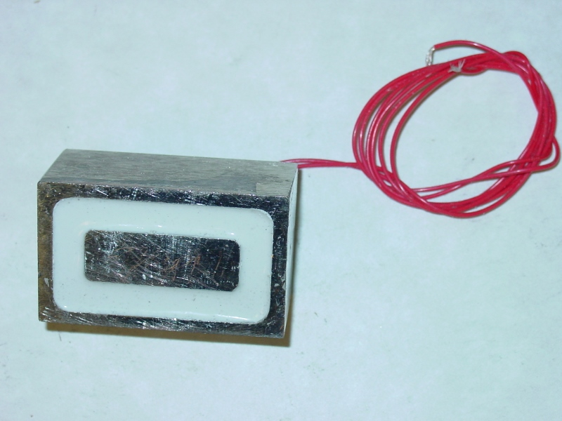 High-temp electromagnet